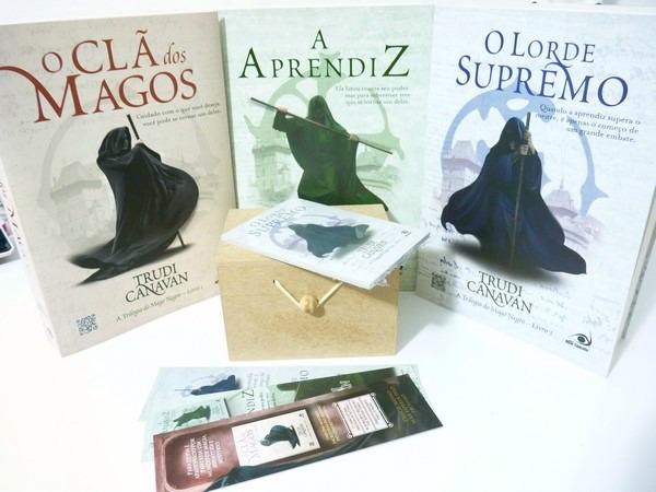 trilogia do mago negro