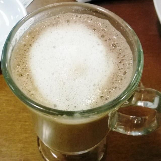 Cappuccino da Bee Doces para acompanhar o pão de queijo no meu programinha de sábado :)